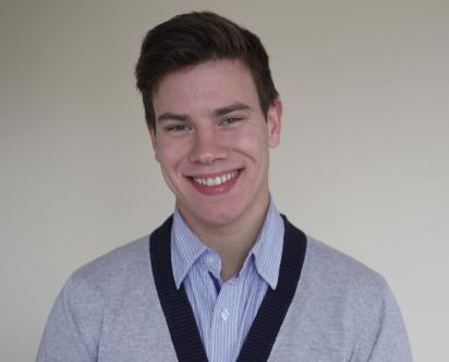 Станислав - счастливый обладатель IPhone 6. Накрутка голосов помогла ему выйграть - чем ты хуже?